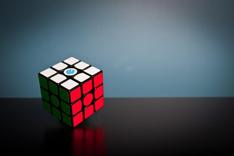 ルービックキューブを1分で揃える方法のまとめ