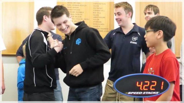 【ルービックキューブ世界記録】なぜ「4.22秒」で揃えられるのか