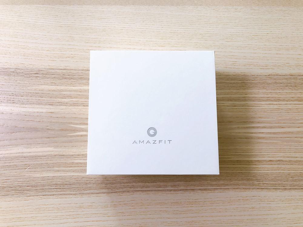 Amazfit GTRの内箱