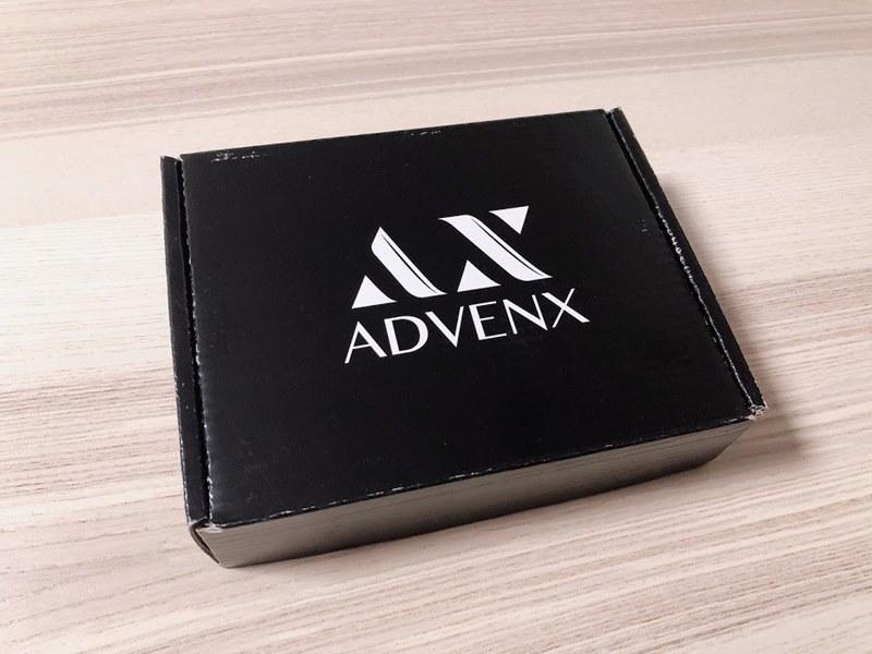 アドベンクスのスマホスインガーのパッケージ