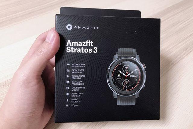 Amazfit Stratos 3のパッケージの画像