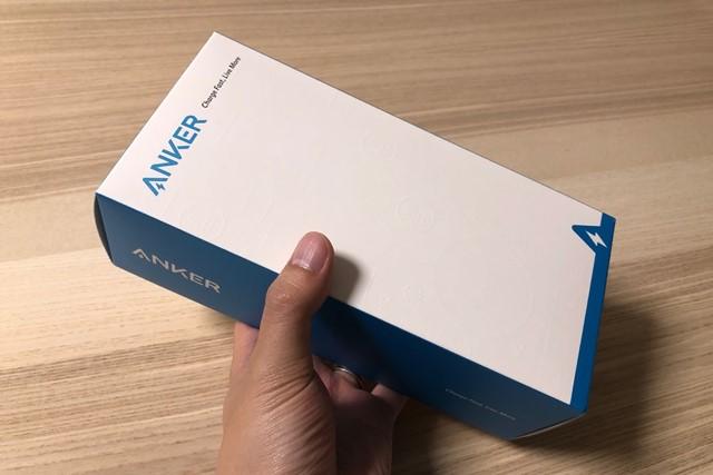 Anker PowerWave 10 Dual Padのパッケージ