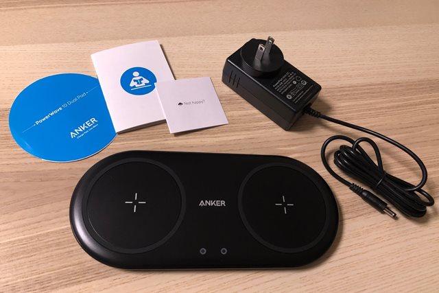 Anker PowerWave 10 Dual Padの付属品