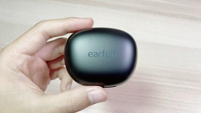EarFun Air Proの本体