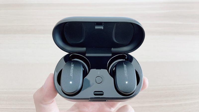 Bose QuietComfort Earbudsの充電ケースとイヤホン