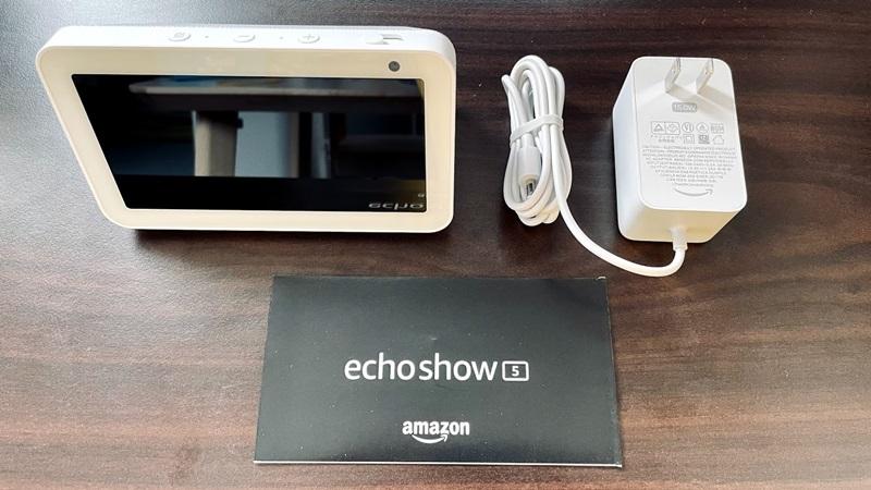 Amazon Echo Show 5の付属品一覧